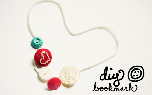 diy button bookmark