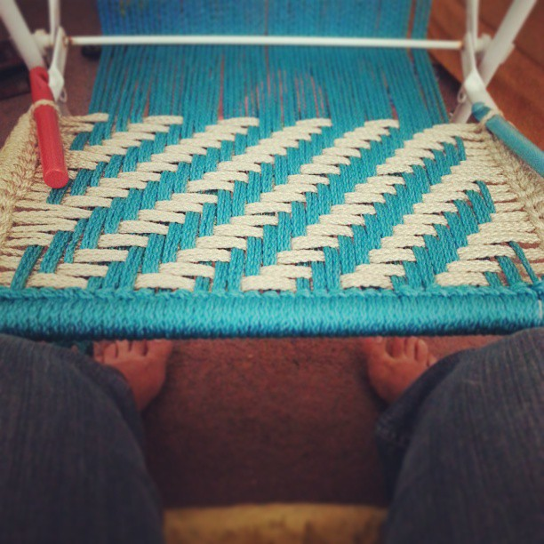 macrame-lawn-chair-diy